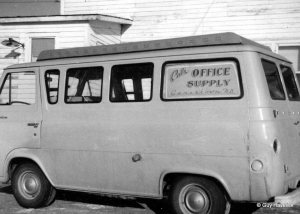 Cal's Office Supplu Delivery van